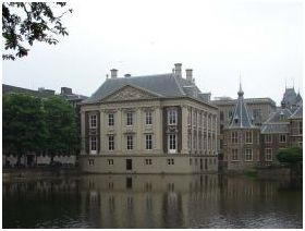 W12-017 Mauritshuis02
